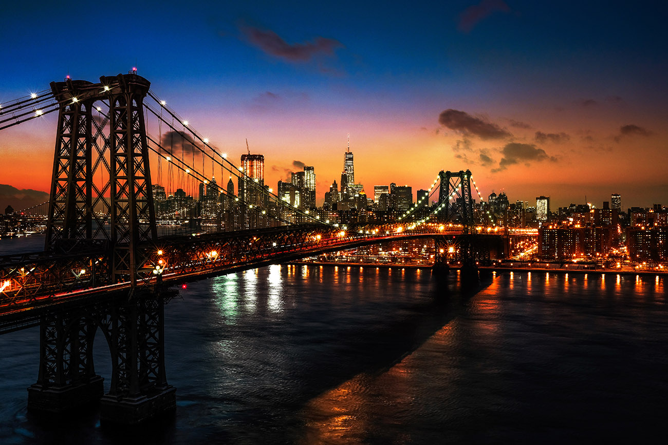 Colorful Sunset over the NYC Williamsburg Bridge 01 - stock photos and royalty-free images
